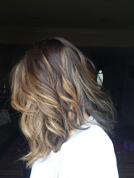 Short Wavy Hairstyles-22