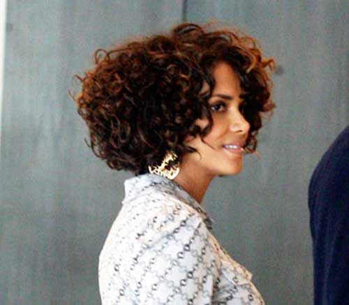 Halle Berry Short Curly Hair-11