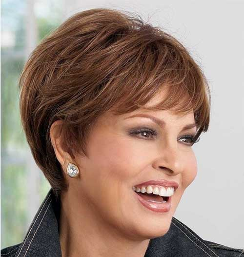 Short Hair Styles For Over 50-11