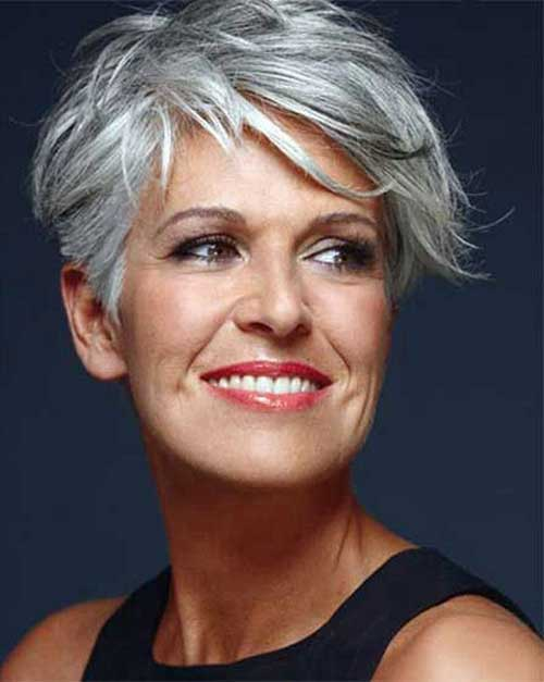 Short Hair Styles For Over 50-14