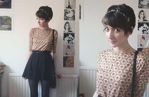 Cute Girls with Short Hair-15