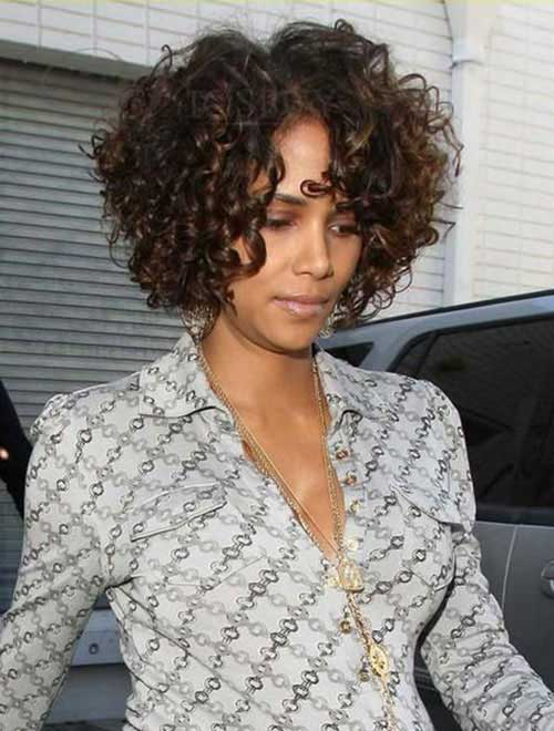 Halle Berry Short Curly Hair-15