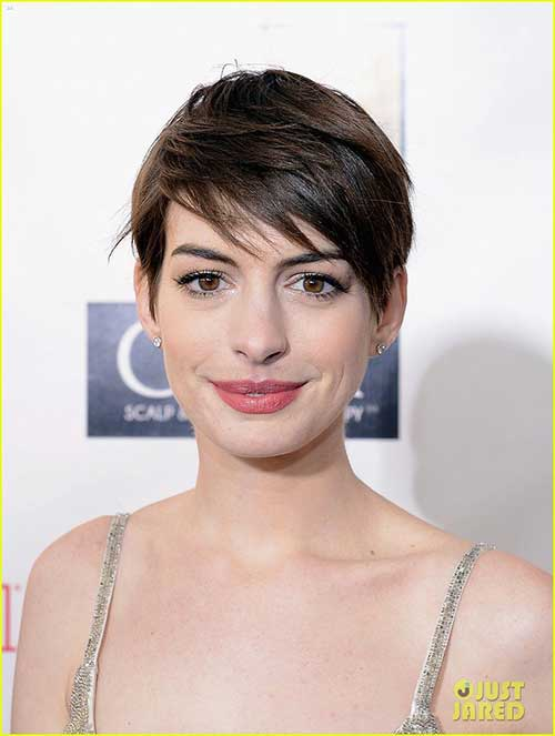 Anne Hathaway Pixie Cuts-17