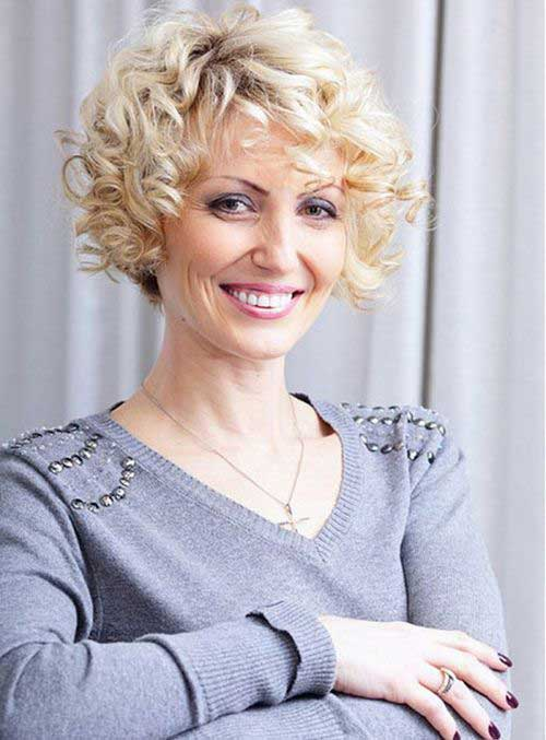 Curly Hairstyles for Short Hair-17