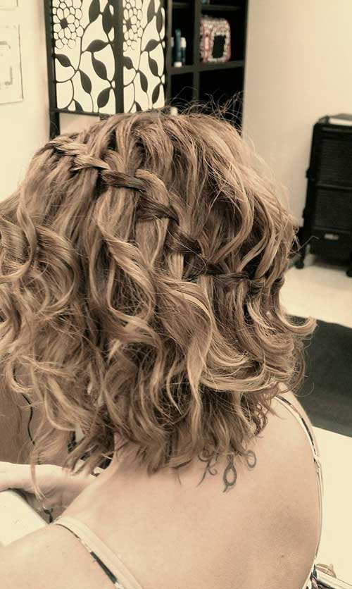 Curly Hairstyles for Short Hair-18