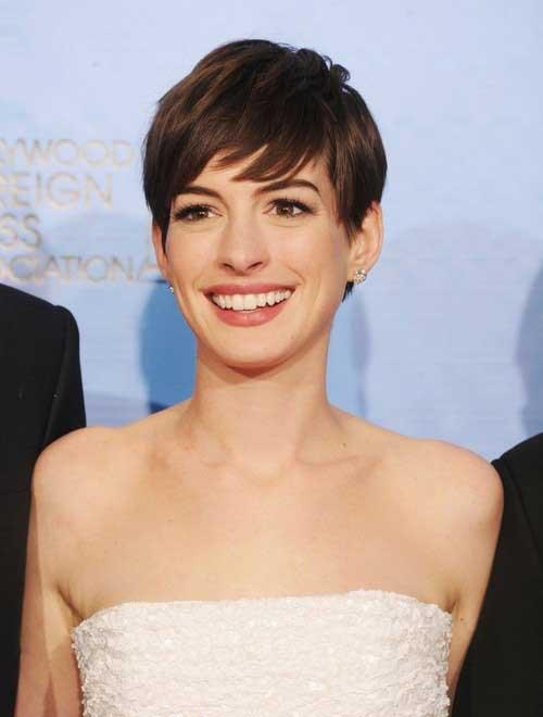 Anne Hathaway Pixie Cuts-19