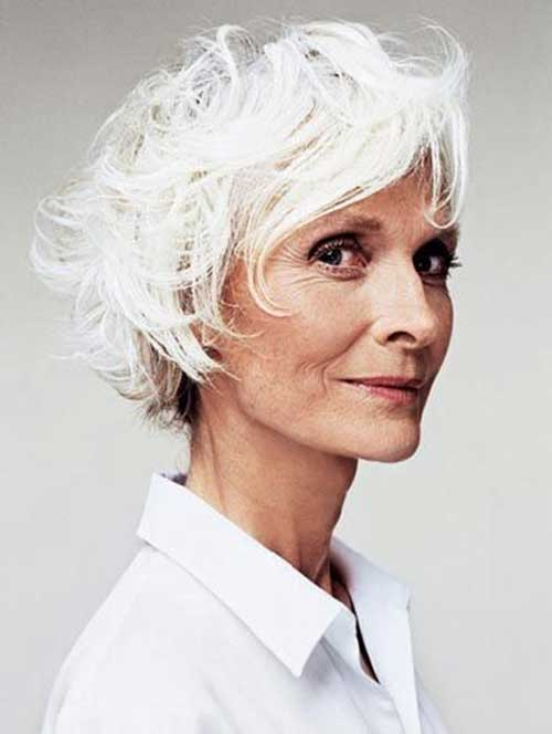 Short Hair Styles for Older Women-22