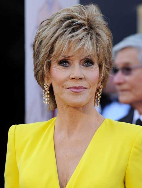 Short Hair Styles For Over 50-6