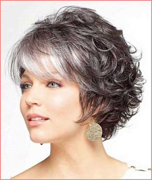 Short Hair Styles for Older Women-6