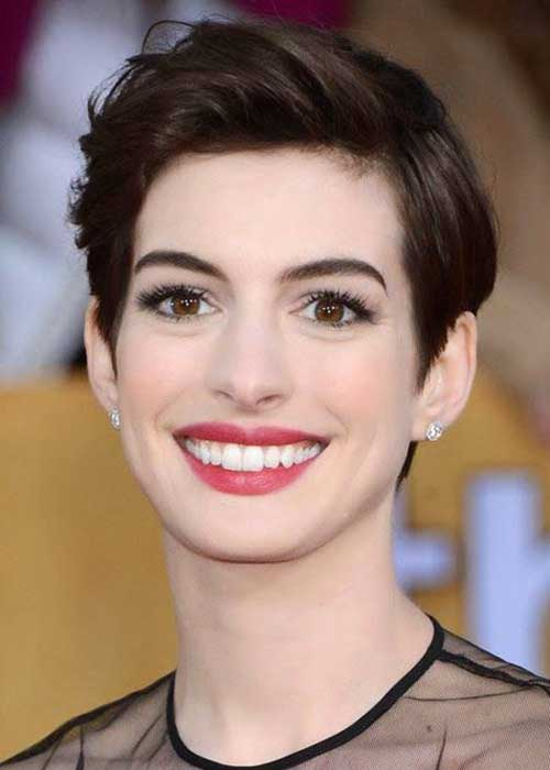 Anne Hathaway Pixie Cuts-7