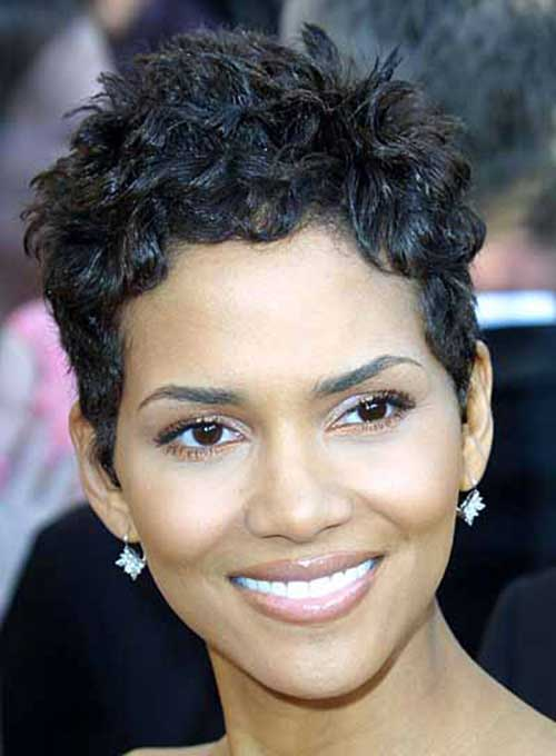 Halle Berry Short Curly Hair-7