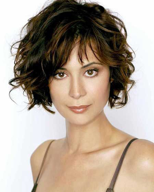 Hairstyles for Short Hair with Bangs-11