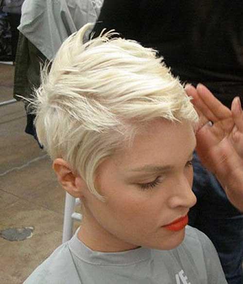 13.Cute Hair Style for Short Hair