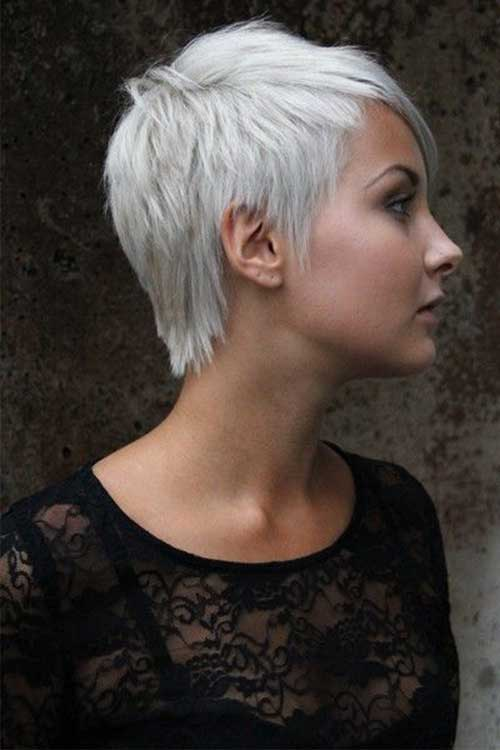 Short Haircuts for Straight Hair-13