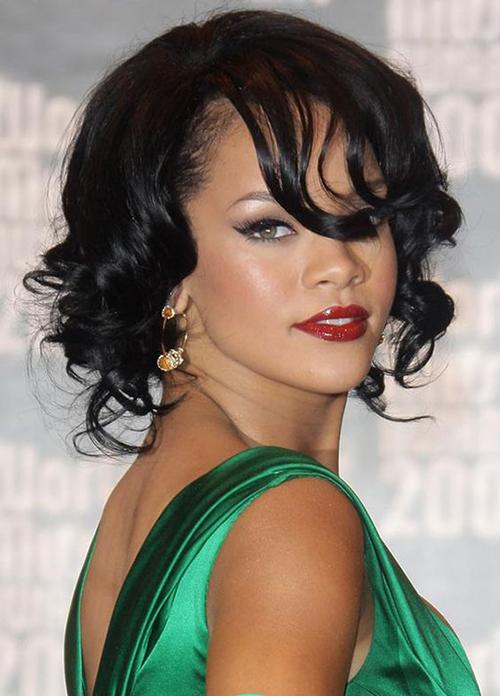 Rihanna Bob Haircuts-13