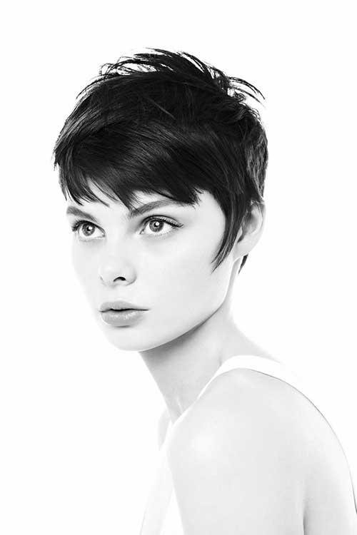 Short Hair Styles for Women-14