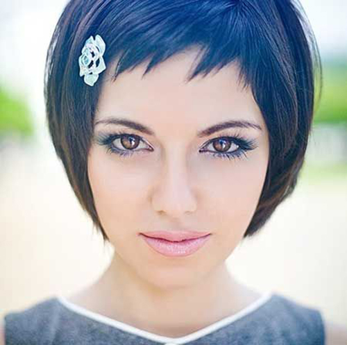 Hairstyles for Short Hair with Bangs-8