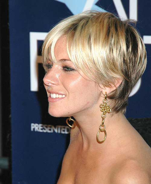 Short Haircuts for Straight Hair-9