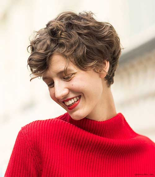 Best Pixie Hairstyles for Short Curly Hair
