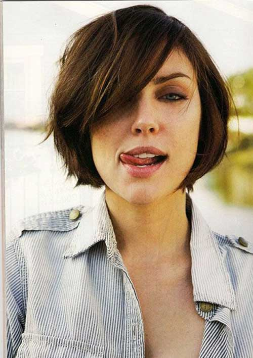 Classy Short Haircuts for Round Faces