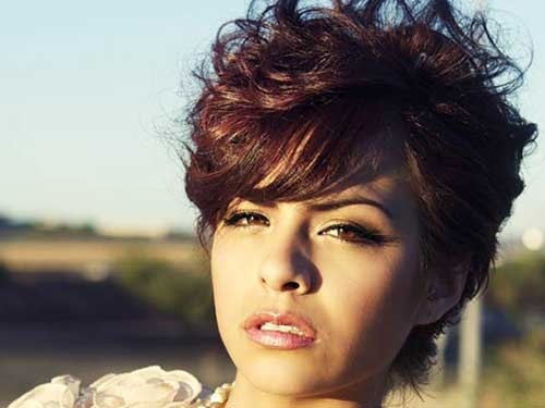 10 Short Curly Haircuts For Round Faces Short Hairstyles