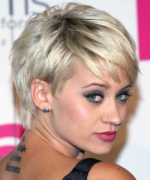 Layered Chic Pixie Cut Styles