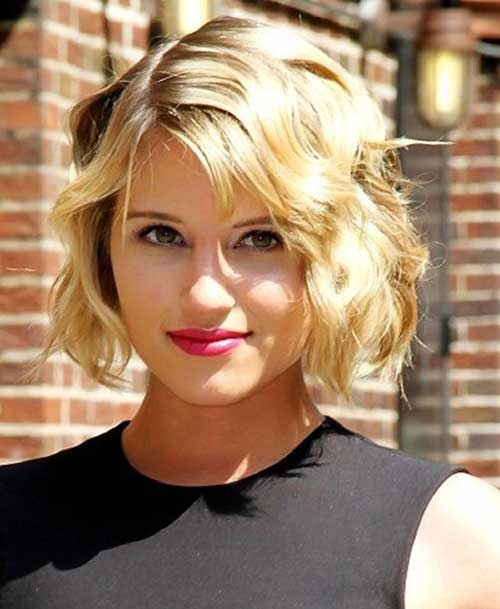 Pictures of Short Wavy Hair Cuts