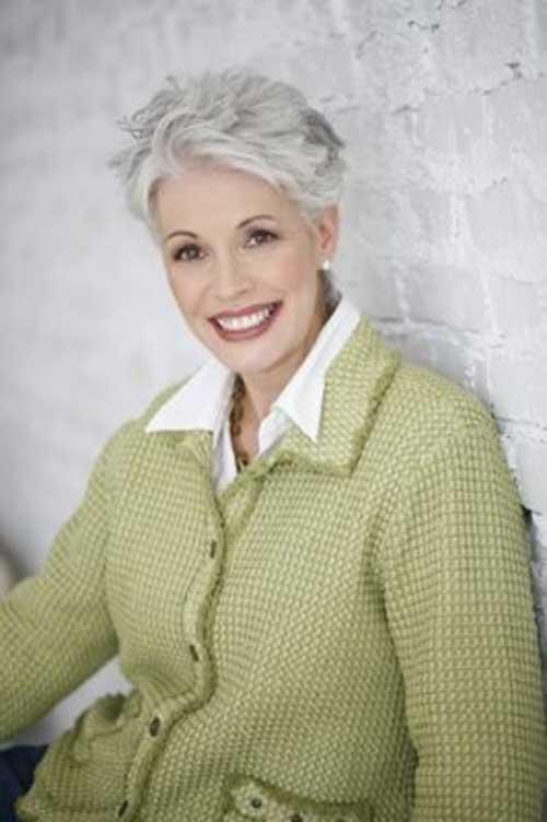 Pixie-Cut-for-Older-Women
