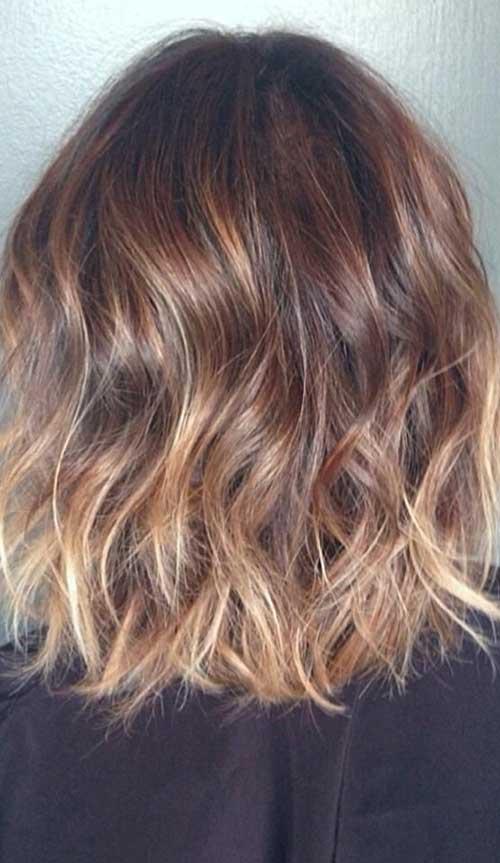 Short-Wavy-Brunette-Hair