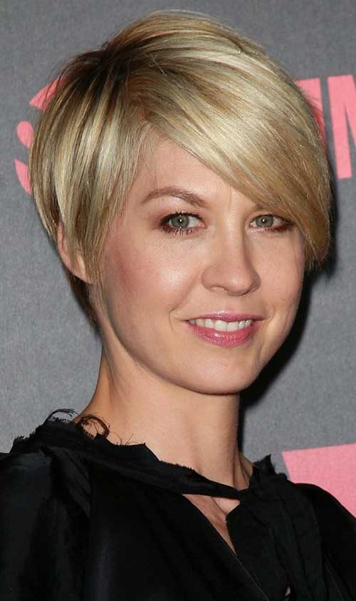 Straight Pixie Cut Images
