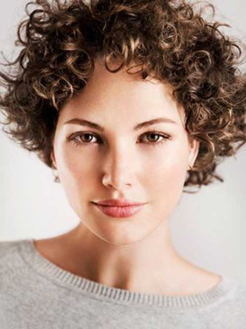 Stylish Short Hair Ringlet Curls Ideas