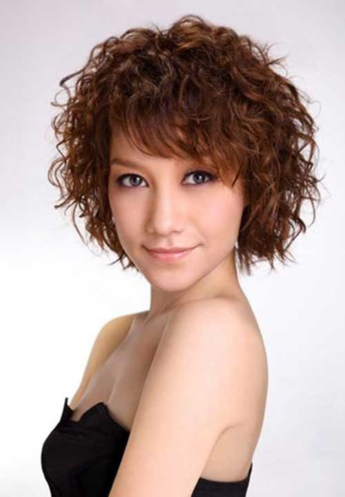 Short Haircuts for Curly Frizzy Hair-10