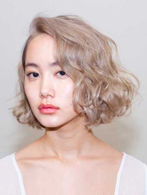 15-curly-bob-hairstyle