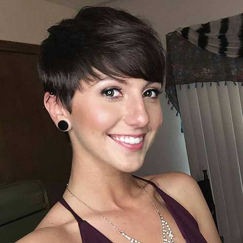 Cute Short Hairstyles for Girls-15
