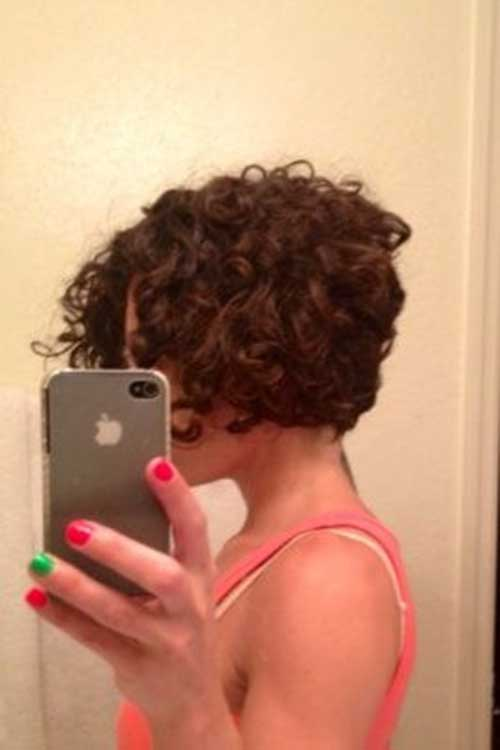 Short Haircuts for Curly Frizzy Hair-6