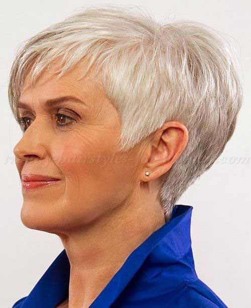 Short Haircuts for Over 50-12