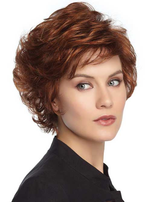 Short Haircuts for Over 50-16