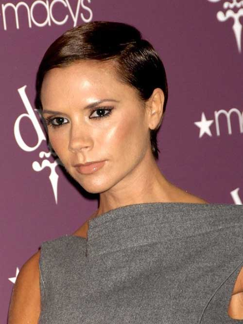 Celebrities with Short Hair-19