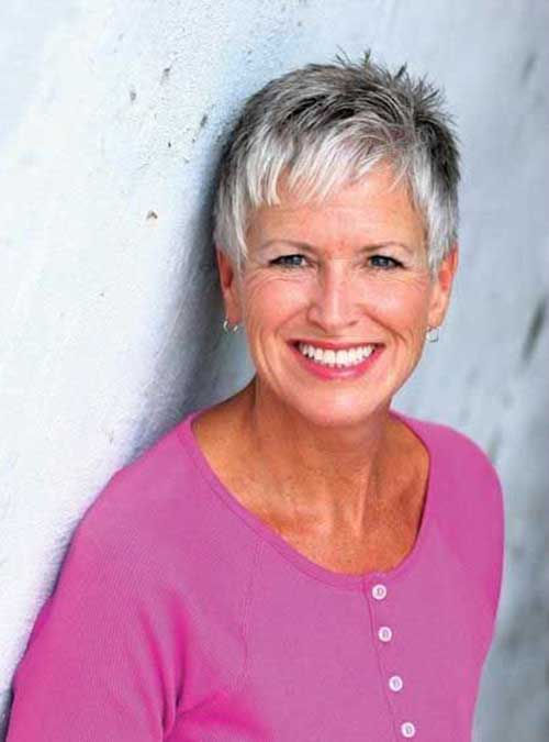 Short Haircuts for Over 50-20
