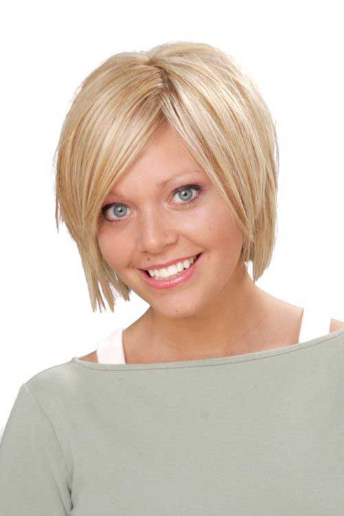 Blonde Colored Cute Short Hairstyles for Round Faces