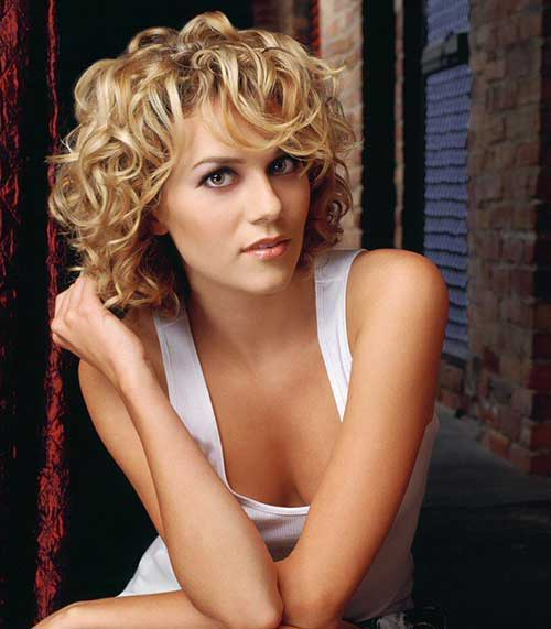 Best Blonde Cute Bob Curly Hairstyles