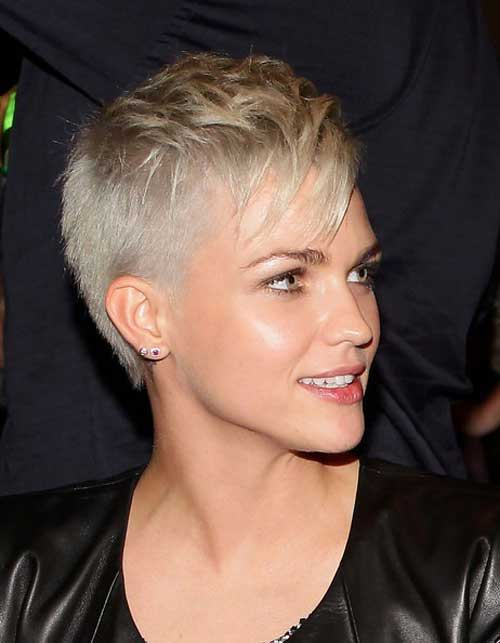 Blonde Pixie Haircuts for Girls