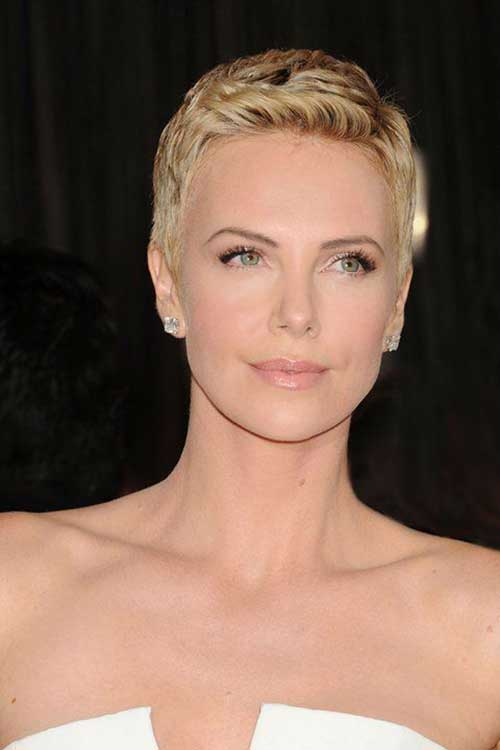 Best Charlize Theron Pixie Cut