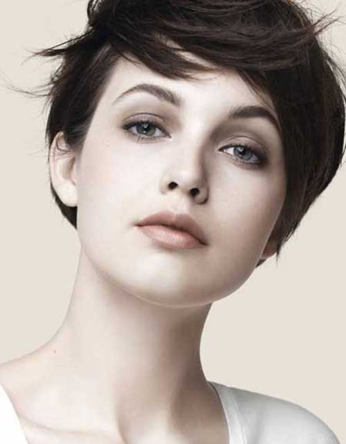 Cute Messy Hairstyles for Short Straight Hair