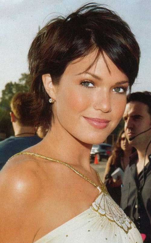 Best Cute Short Hairstyles for Round Faces