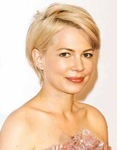 Fine Straight Short Hairstyles for Round Faces