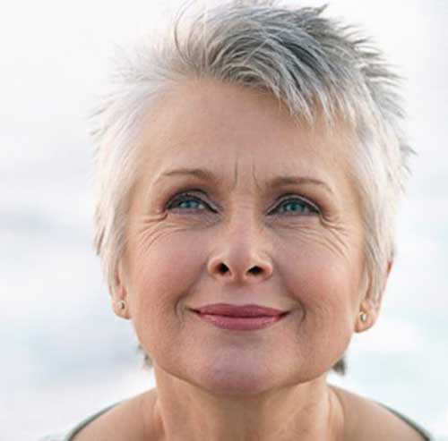 Gorgeous Short Haircuts for Older Ladies