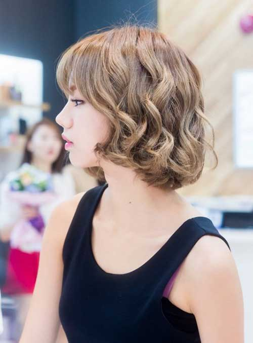 Korean Short Wavy Bob Hairstyles