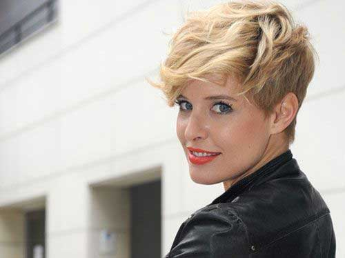 Modern Super Pixie Cut for Wavy Hair