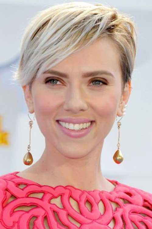 Blonde Pixie Cut Celebrity